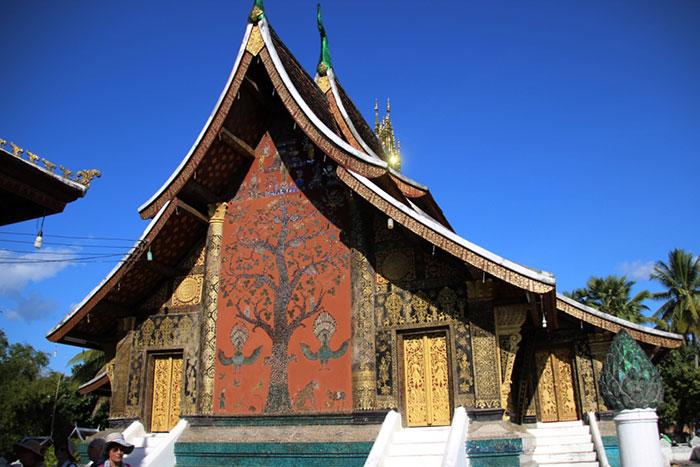 Arbol de la vida del templo Vet Xieng Thong