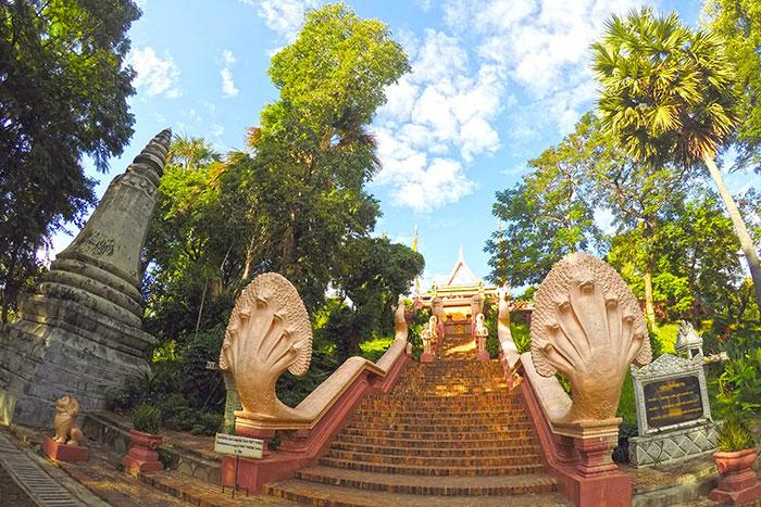 Templo de Wat Phnom en Nom Pen