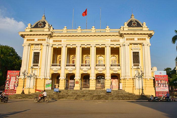Opera de Hanoi en el barrio antiguo