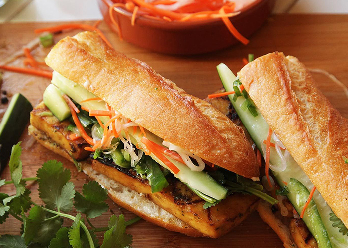 top-10-platos-vietnamitas-banh-mi