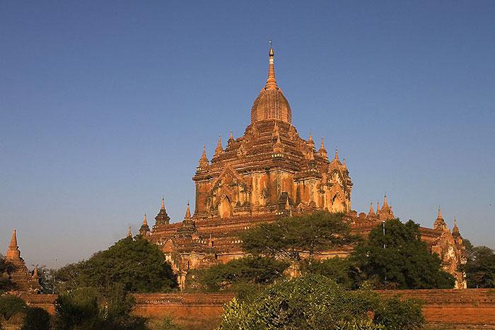 Templo de Htilominlo