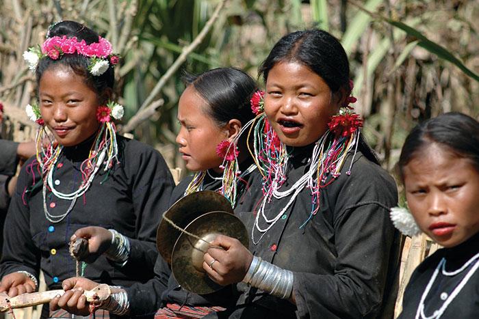 Mujeres kentgung en Birmania