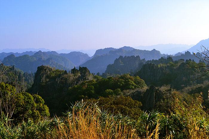 Senderismo en Khammoaune Laos