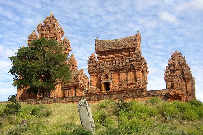 Templo cham Po Klong Garai
