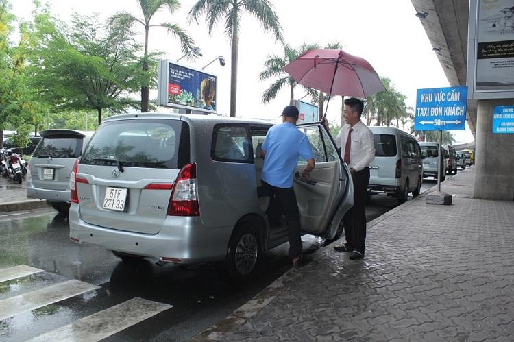 Traslado en autobus lanzadera del aeropuerto de Hue