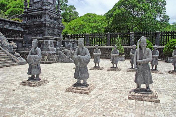 Tumbas imperiales en Hue Vietnam