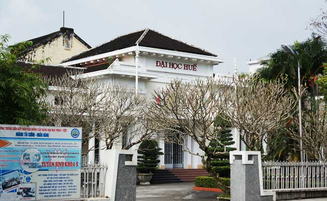 La sede de la Universidad de Hue Vietnam