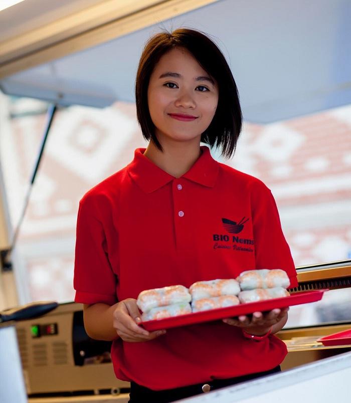Fundadora del camion restaurante de nems organicos