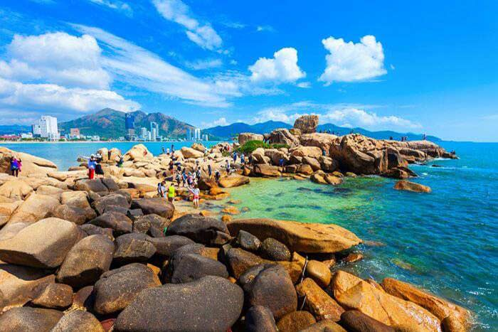 Viajar a Vietnam en marzo y abril estacion de Nha Trang