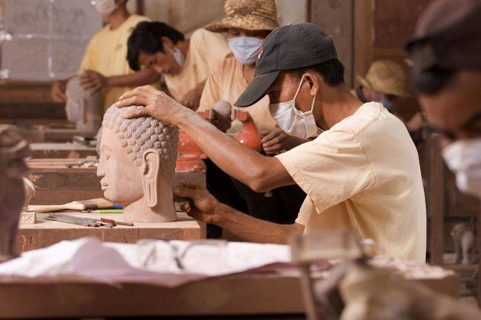 Artesanos solidarios en Angkor Camboya