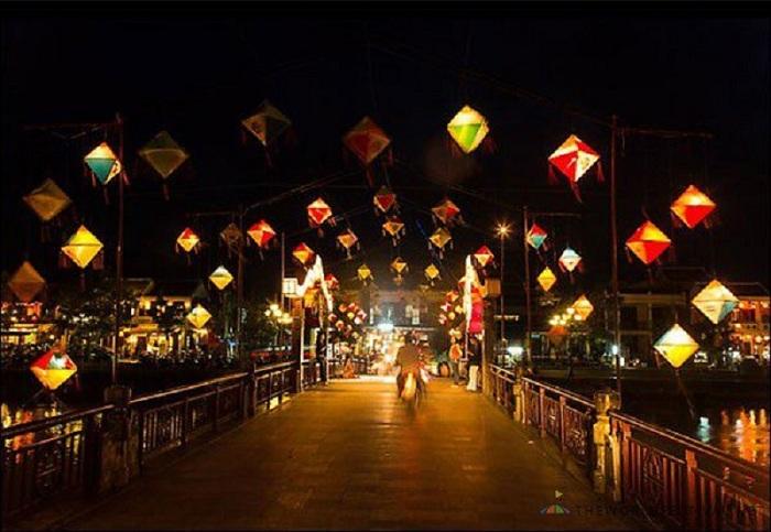 mercado-nocturno-hoi-an