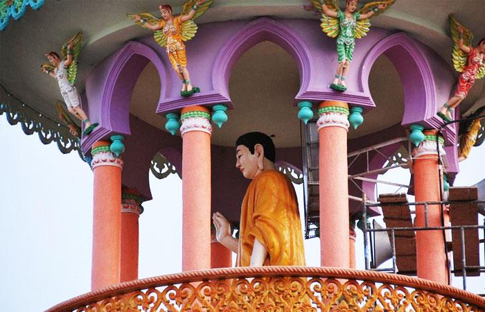 Estatua en el monte Sam en Chau Doc