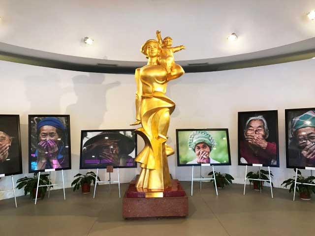 visitar hanoi museo mujeres vietnam entrada