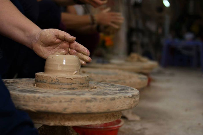 Artesanos de ceramica en Hoi An