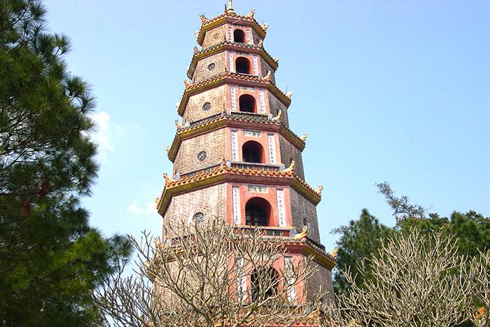 Pagoda Thien Mu en Hue Vietnam