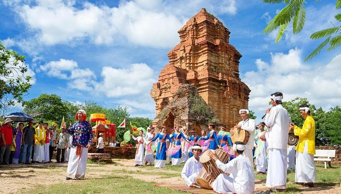 Torres Cham Poshanu en Mui Ne vietnam
