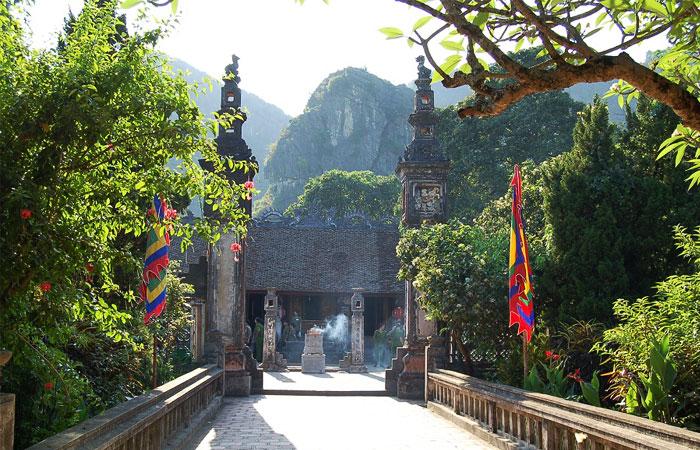 Templos en Hoa lu Ninh binh