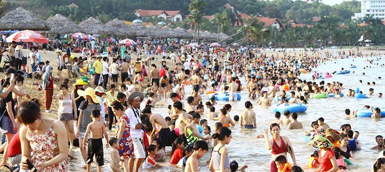 Visita a Vietnam en temporada alta dias festivos