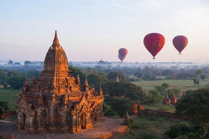 Vuelo en globo aerostatico en Bagan Myanmar