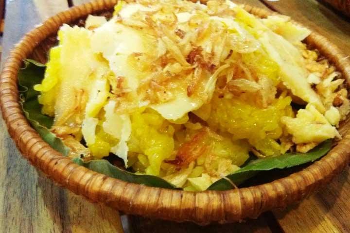 El xoi xeo o arroz pegajoso de hanoi