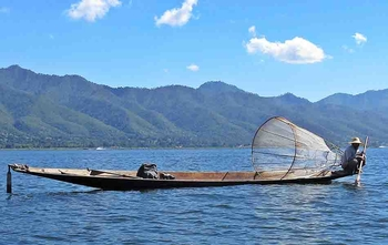 Lago Inle – Indein – Vuelo a Yangon (D/-/-)